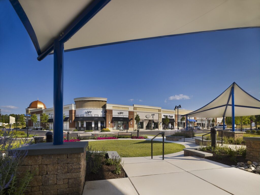 Valley Square Lifestyle Center