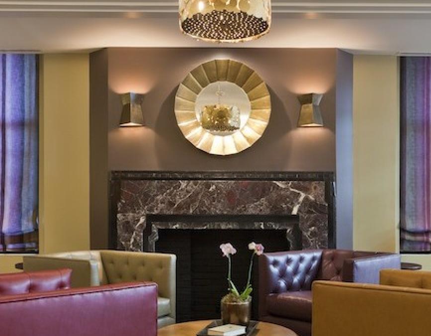 Metropolitan Lobby and Community Room